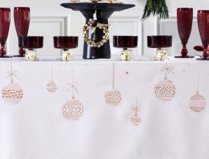 Χριστουγεννιάτικο Τραπεζομάντηλο (140×180) Makis Tselios Fest